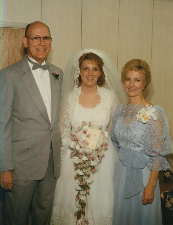 Louise Taylor with her mom and dad