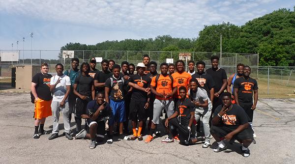 lynn_2-tigers-football-team