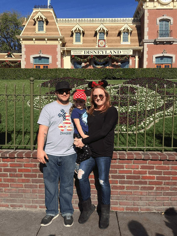 Steve, Tiffany and Khloe Hale at Disneyland