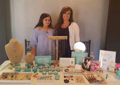Origami Owl® Designer Gives Back For the Heart
